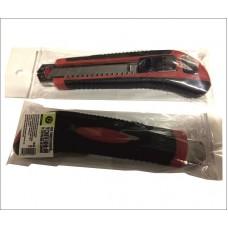 Нож универсальный усиленный со сменными лезвиями Стандарт 3шт., 18мм RUTEK